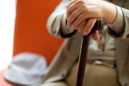 カイテキオリゴは高齢者のスッキリ対策に効果的?口コミや体験談を公開!